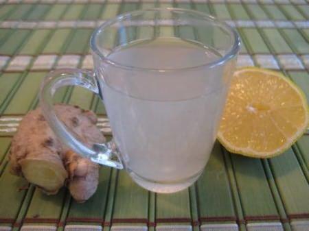 Напиток - имбирь, мед, лимон